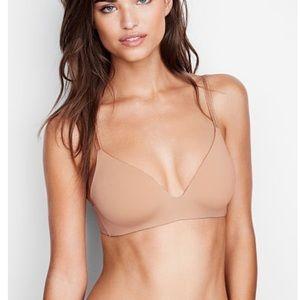 Victoria's Secret lined no wire bra